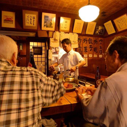 粋な酒場が目白押し 本の街・神保町で酔う