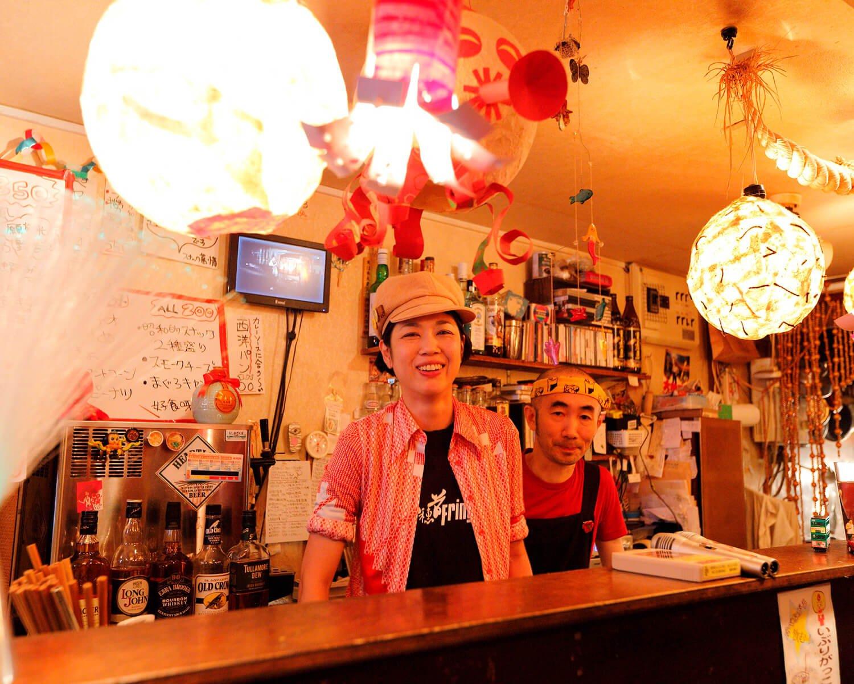 楽しい七尾夫婦。秋田出身の店主はランチで稲庭うどんを提供。
