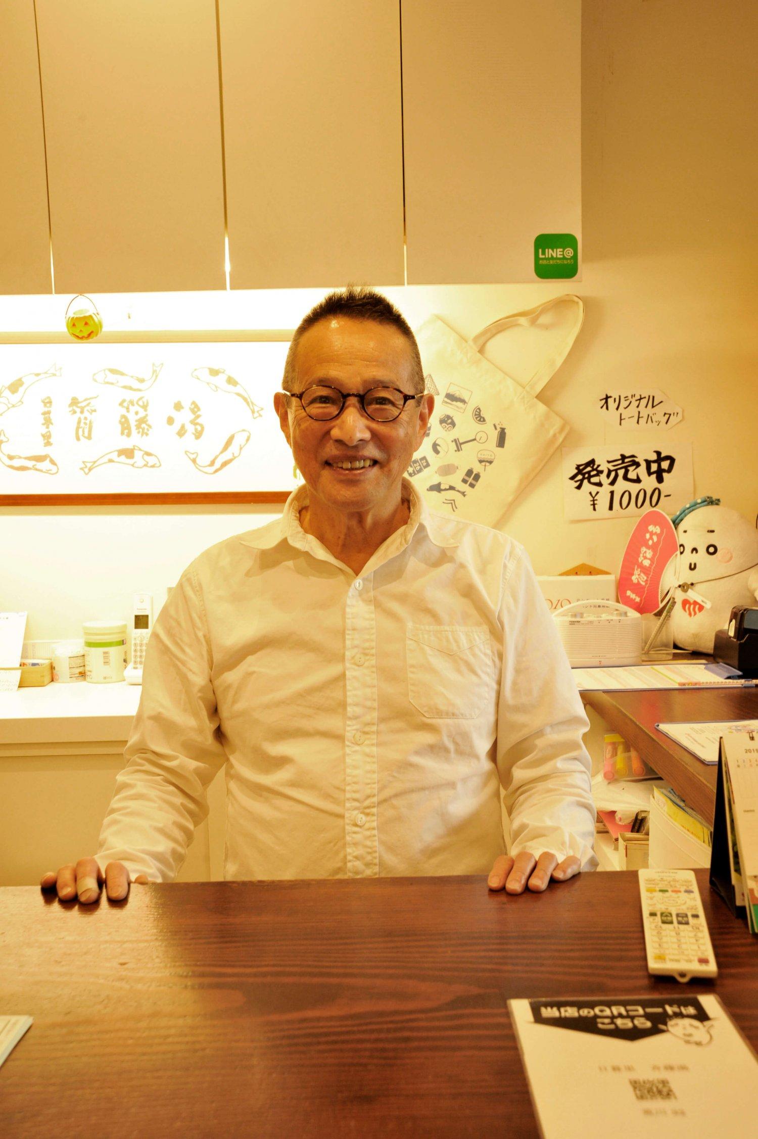 「リニューアルにあたっては、銭湯の原点でもあるお湯にこだわりました」と話す店主の齋藤さん。