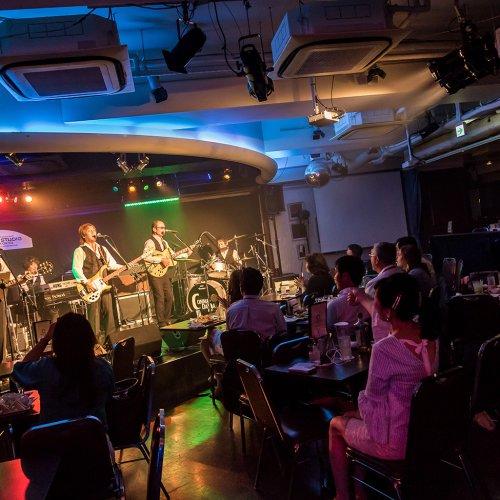 硬軟自在な演奏で踊れるライブハウス『八重洲 HIT STUDIO TOKYO』