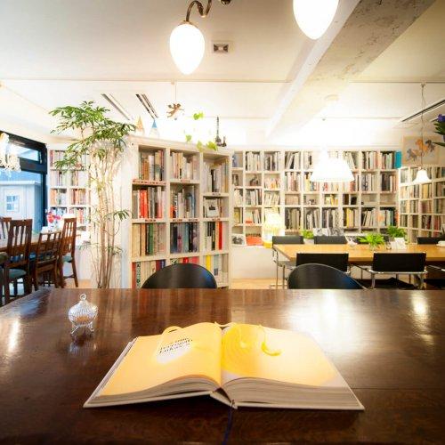 本の街・神保町でブックカフェ巡り。おすすめの3店を紹介!
