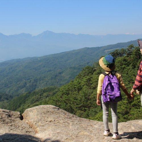 ロープウェイで山の中腹まで。山登り未経験でも往復40分で絶景を楽しめる!~昇仙峡 〜