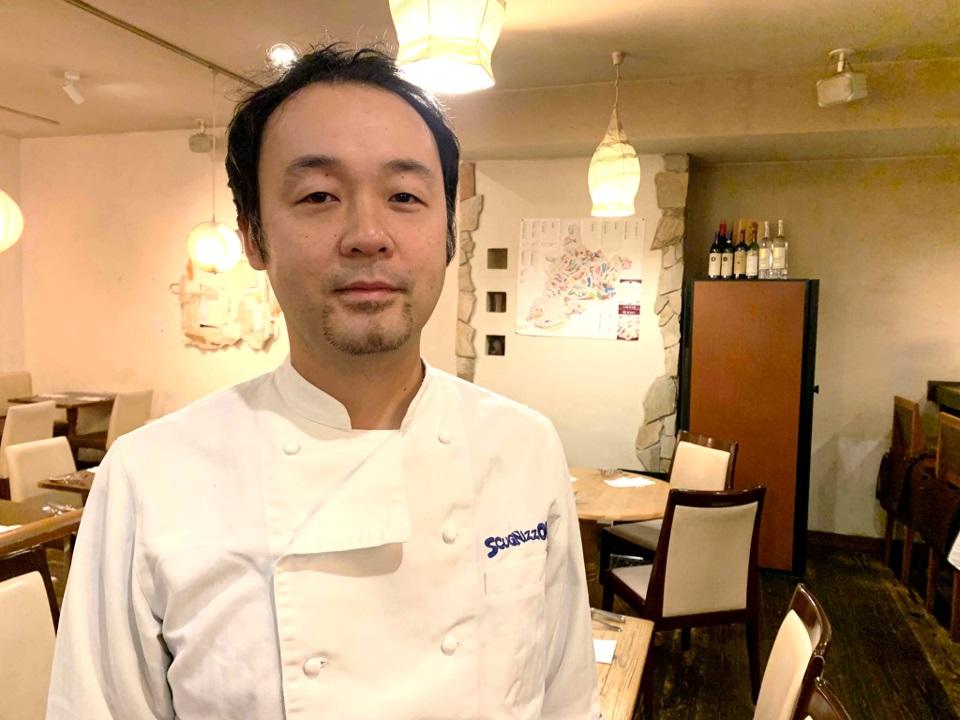 大学卒業後に単身でイタリアへ渡り、現地で修業を重ねた湯本篤志さん。