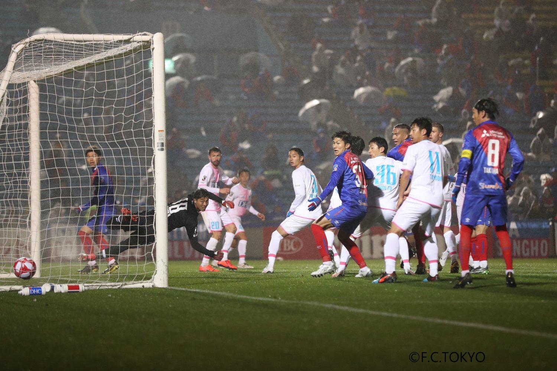 東京オリンピック以来55年ぶりに開催 されたルヴァンカップのFC東京対サガン鳥栖戦。注目の久保建英が、日本人で最初にゴールを決めた。©F.C. TOKYO