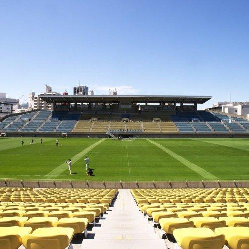 ラグビー/秩父宮ラグビー場で55年ぶりのサッカー