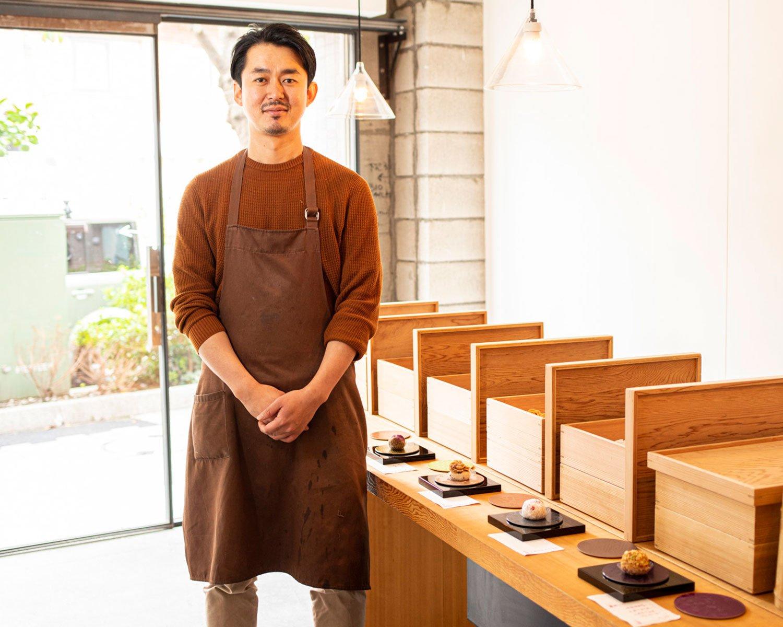 店主の小川寛貴さん。