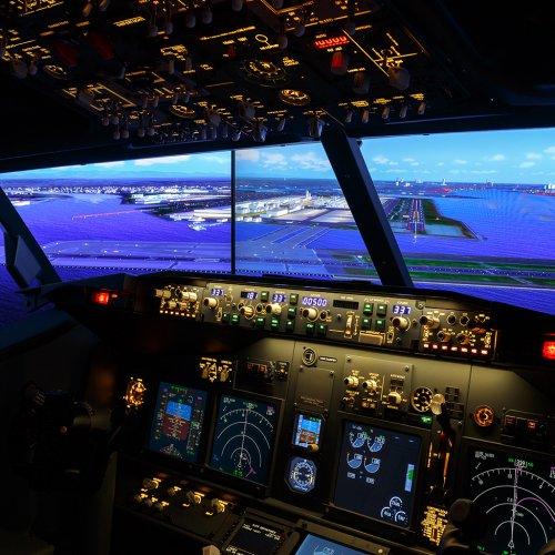 お部屋でパイロット気分を味わおう。羽田エクセルホテル東急「フライトシミュレーター雰囲気体感プラン」