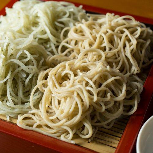 神田・神保町で、絶品そばを味わう。
