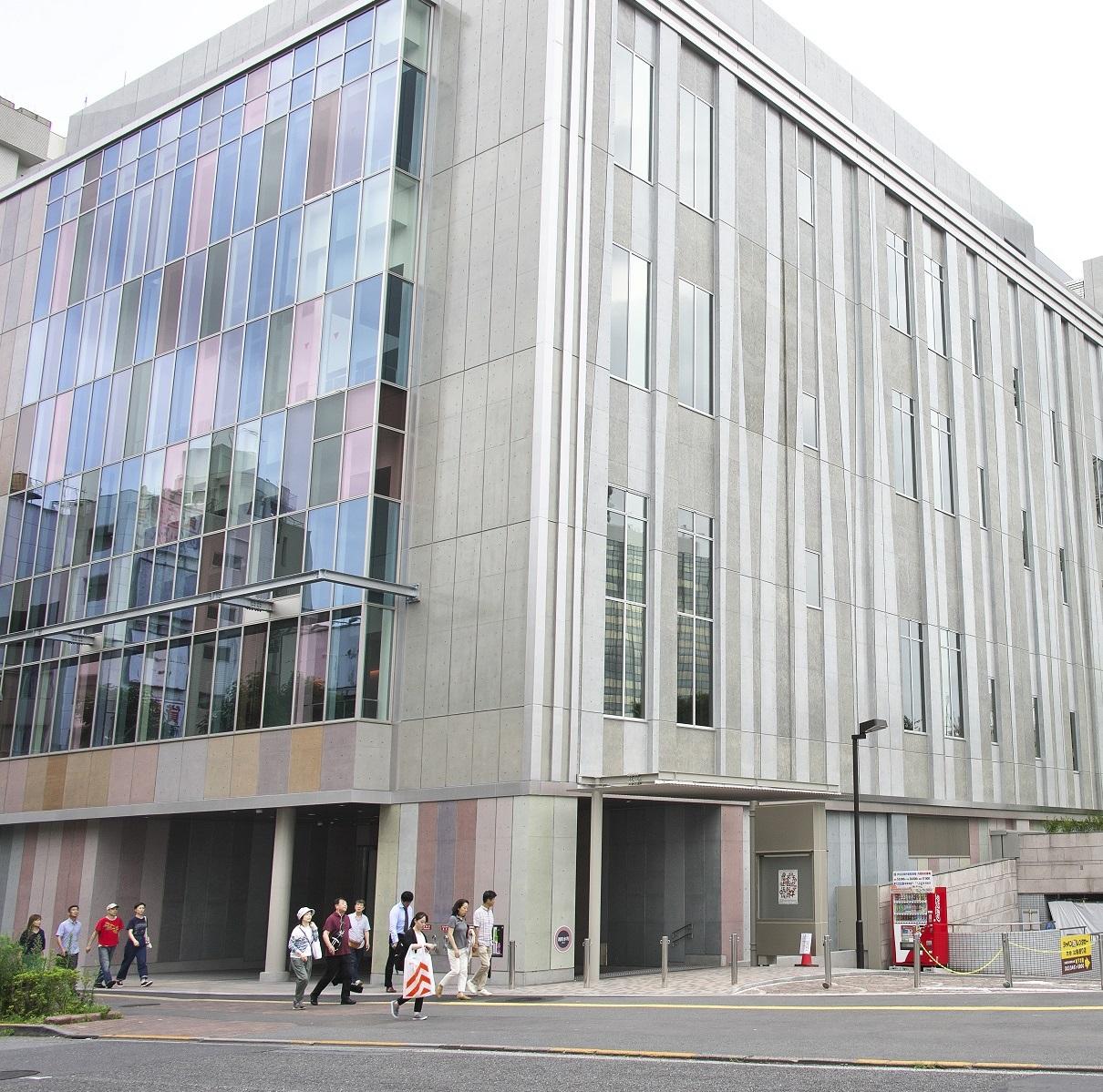 「LINE CUBE SHIBUYA」(新渋谷公会堂)は、2019年10月13日に開館した