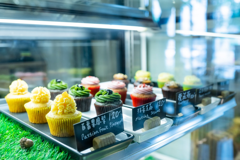 杯子旦糕=カップケーキが並ぶショーケース。