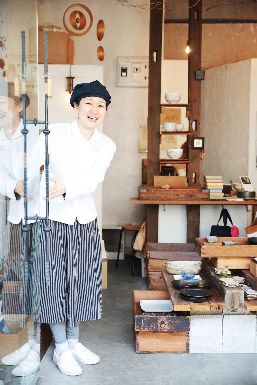 地元の鎌倉で店を開いてから、早10年以上。ディスプレイにもセンスが光る。