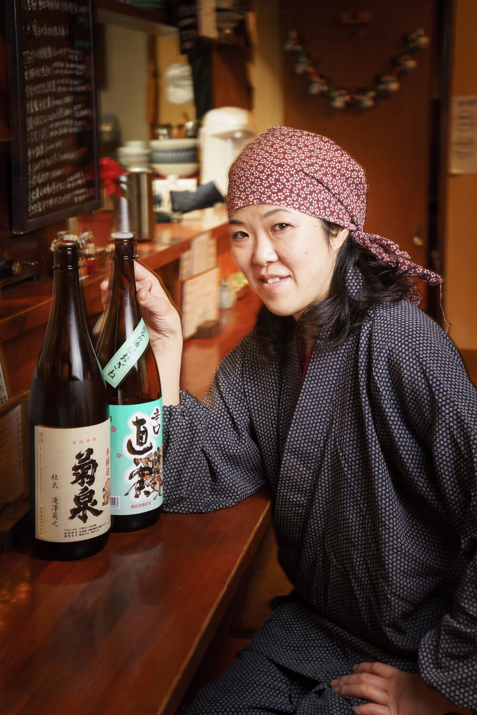 「埼玉の地酒は食中酒にちょうどいいの」唎酒師の資格も持つ佐藤紀子さん。