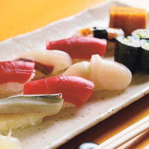 日本橋のランチ10選。レトロな雰囲気を持つ老舗を中心に紹介