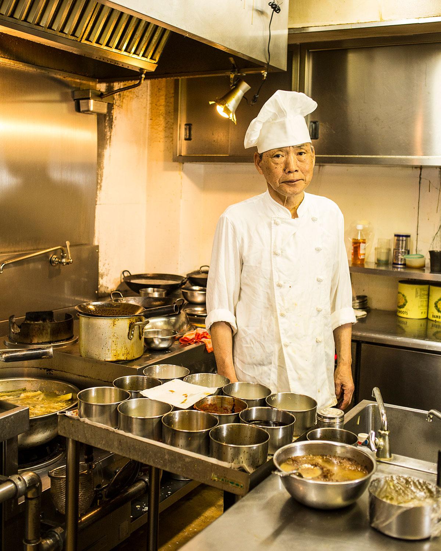 「うちは昔ながらのシンプルな四川料理」と、蓑島シェフ。