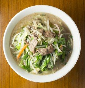 珍珍軒 レバニラ湯麺