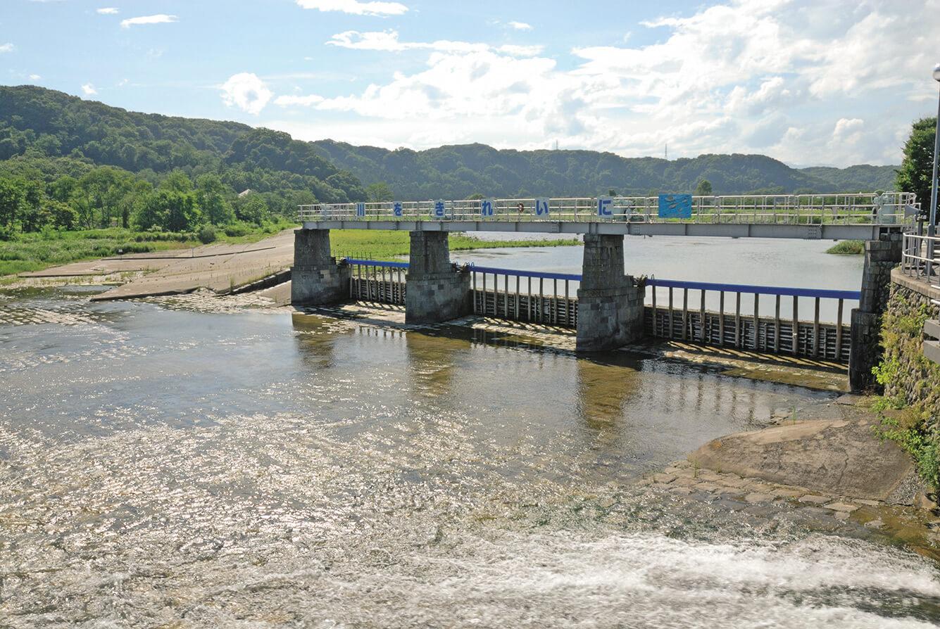 羽村堰(はむらせき)