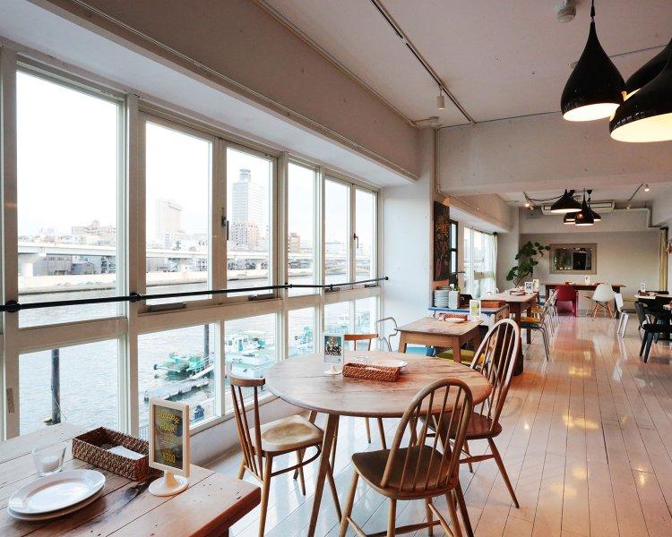 Riverside Café Cielo y Rio(シエロイリオ)