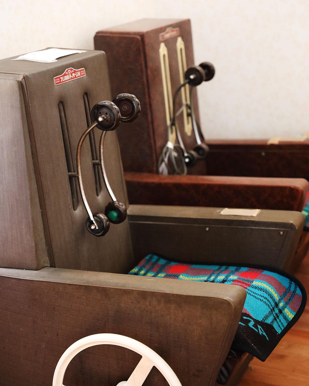 女湯にはあんま機が2台。無料で使える。