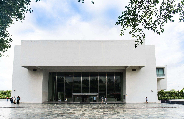 じつはアジア最大規模の現代美術館でもある。