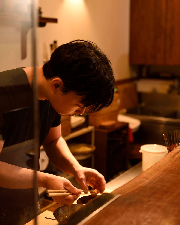 多田さんの料理は砂糖と塩分控えめで酒を引き立てる。