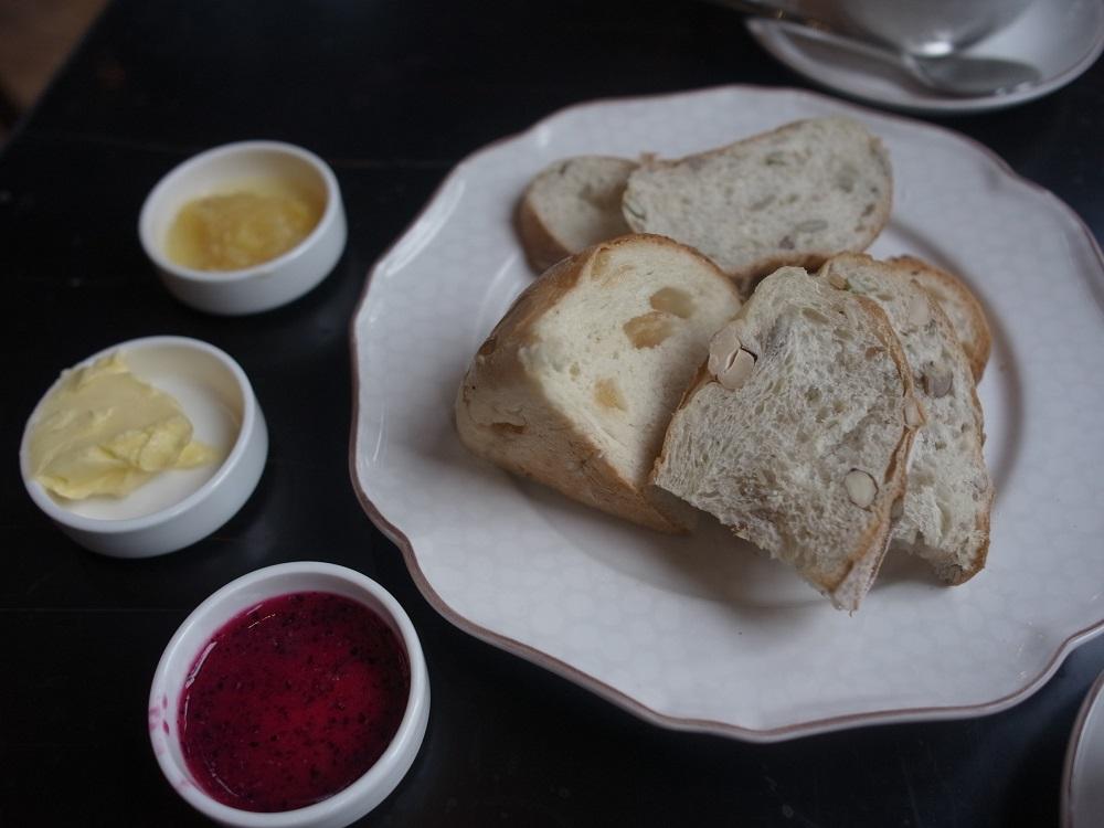 朝食はビュッフェ形式。