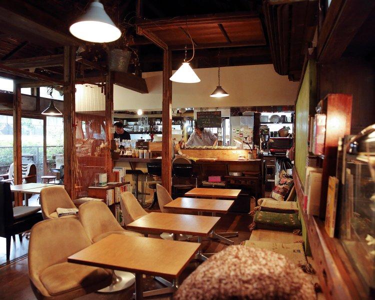 café momo Gärten(カフェ モモ ガルテン)