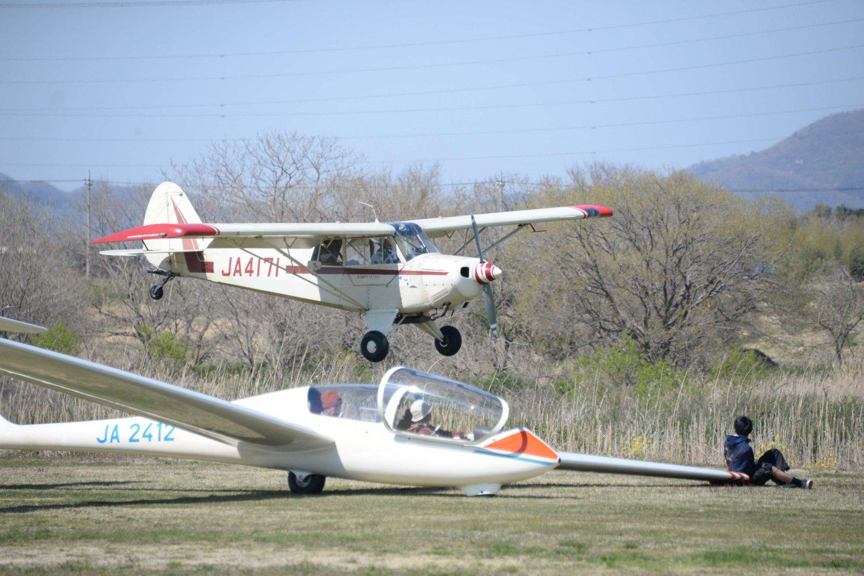 板倉グライダー滑空場
