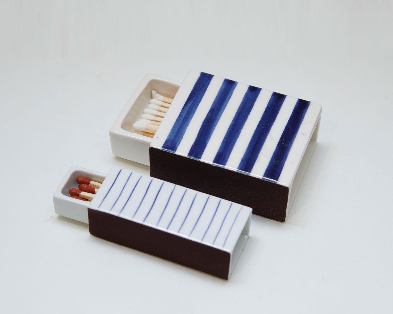 陶器のマッチ箱3300円~。