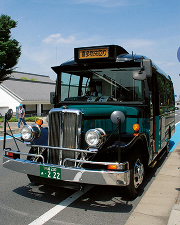 観光スポットを回る小江戸巡回バスも便利!