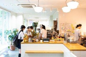 CAFE BLOOM04