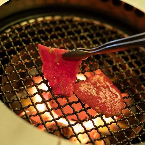 上質な肉と新鮮なホルモンが充実。五反田の隠れ家的焼肉店『炭虎』