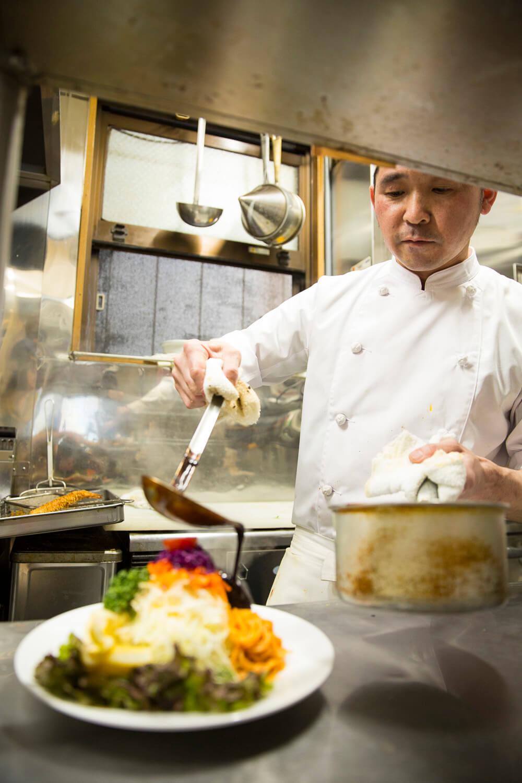 飯田さんはマヨネーズやドレッシングも手作りする。