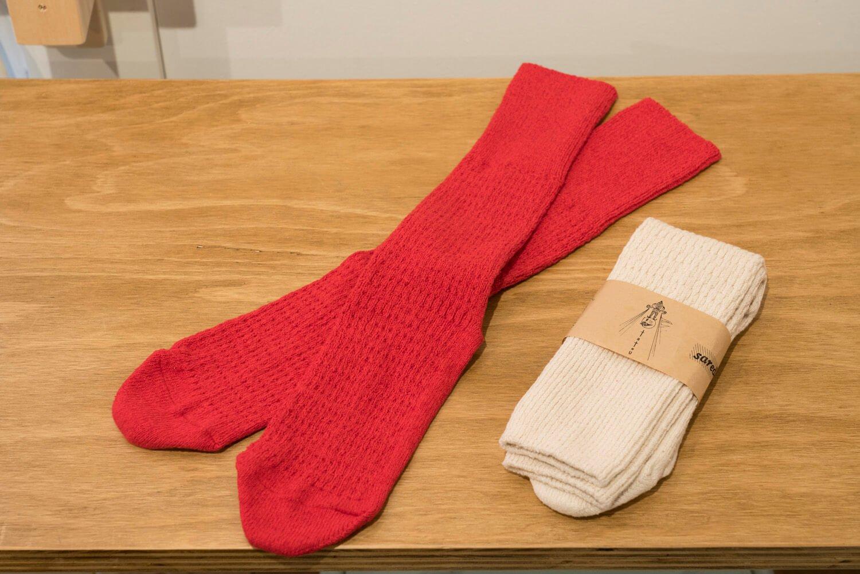 奈良県のsaredoの再生コットンの靴下1760円~。