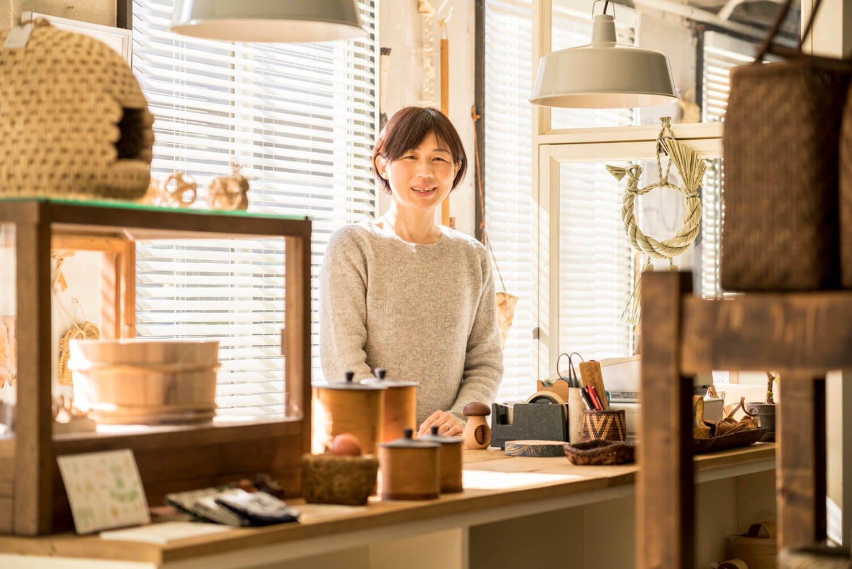 「カゴは経年変化も魅力です」と伊藤さん。