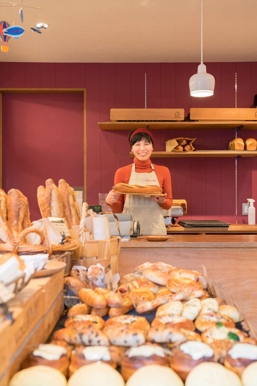 2015年12月にオープン。パンは40種類ほど。