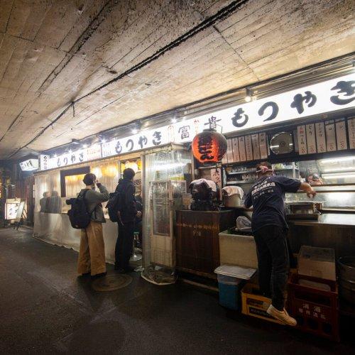 有楽町&上野に残る憩いの場、愉楽のガード下酒場