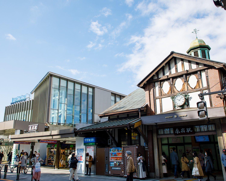 2020年3月に新駅舎が完成。都内最古の木造駅舎は解体、建て替えが決まった。