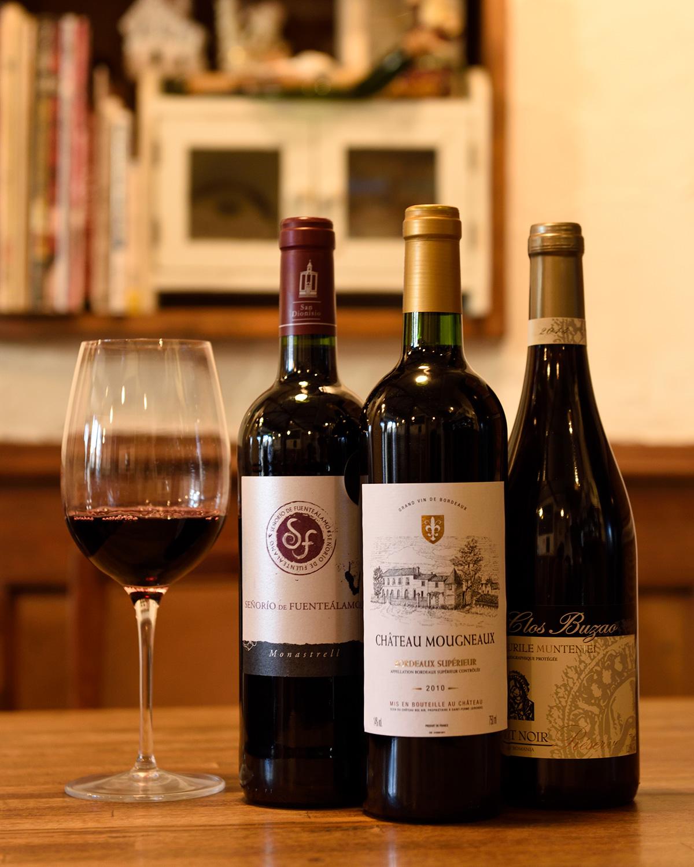 ルーマニアワインなど、珍しいものも。
