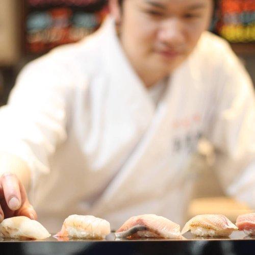握りとワンカップが競演ってマジ? 『寿司バル弁慶 神田店』へ潜入!