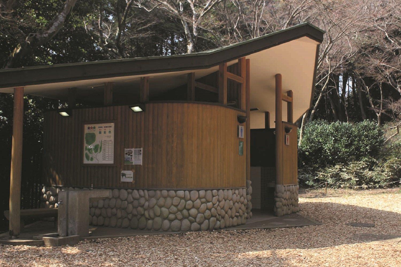 親子で山登り 埼玉県天覧山 toilet