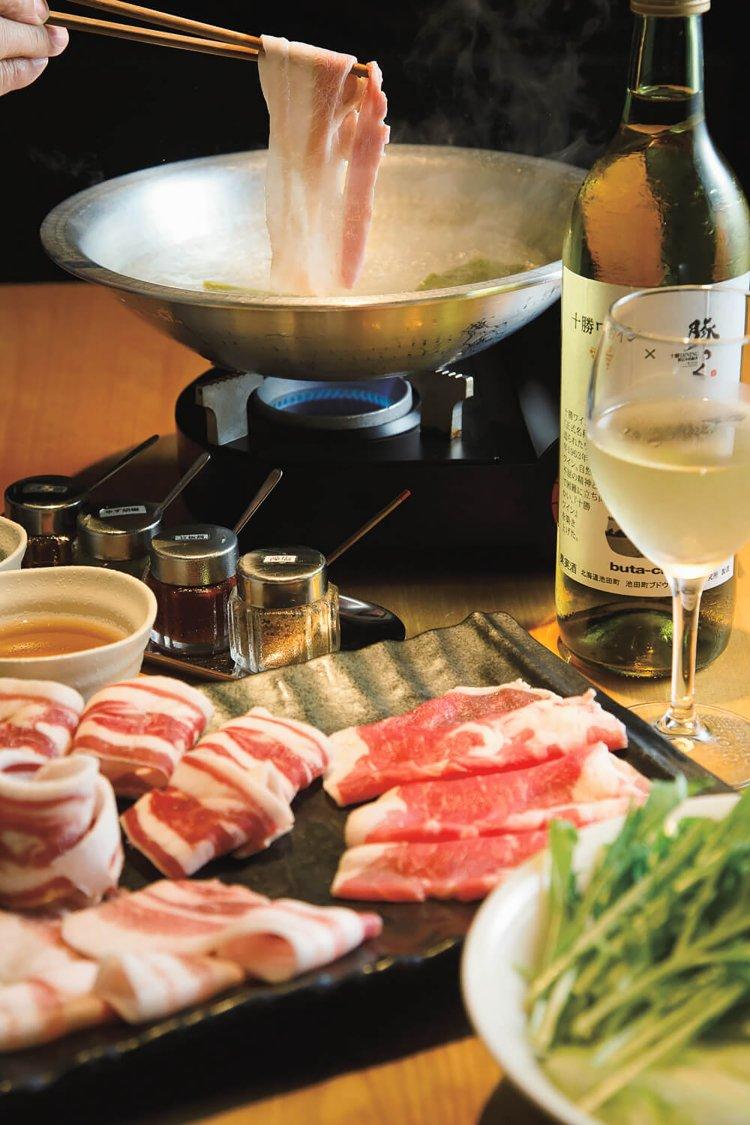 十勝 DINING 豚っく(ぶたっく)