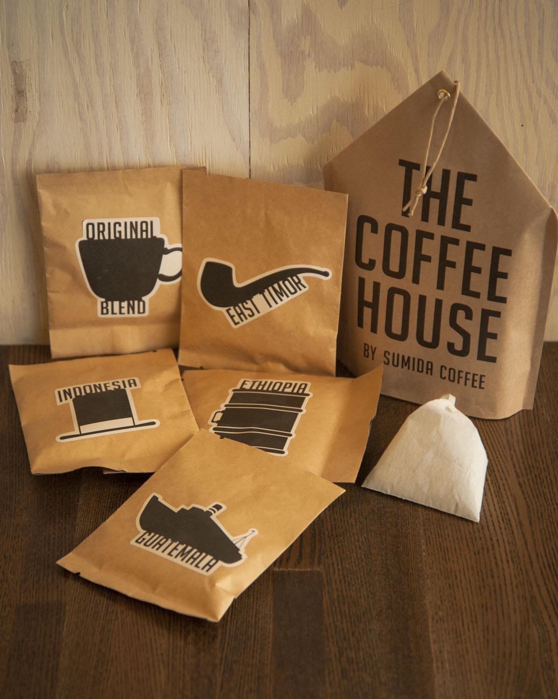 器具不要で味比べできる特製コーヒーバック5個入り1188円。旅行用にもいいかも。