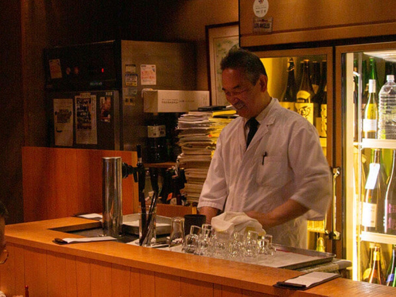 マスターの成田満さんは、平成9年に笹吟をオープン。