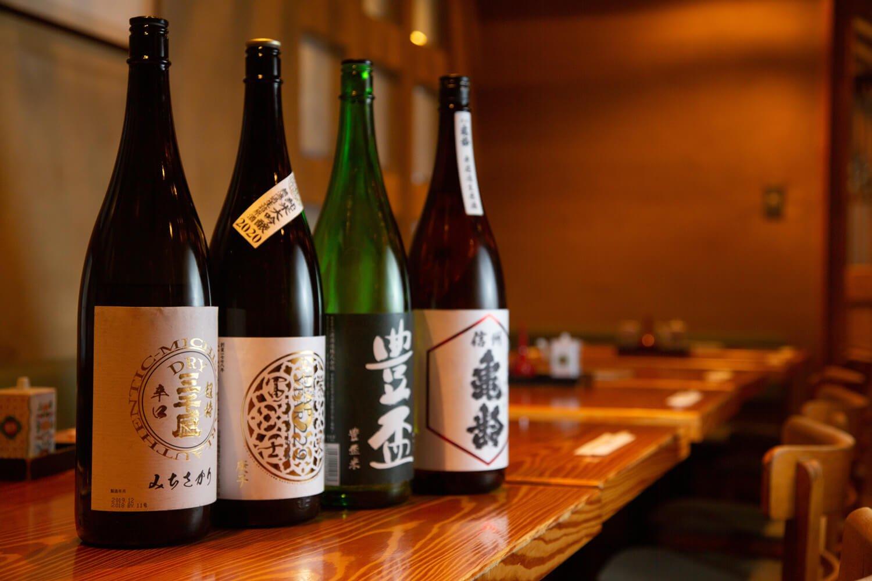 岐阜の三千盛(みちさかり)から長野の亀齢(きれい)まで、気になる銘酒がいっぱい