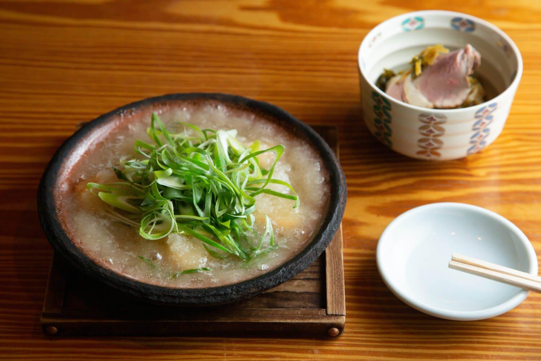 鯛と九条葱のみぞれ煮1500円と鴨ロースの花わさび和え950円