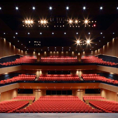 8つの劇場からなる新たな街のシンボル『Hareza 池袋』がグランドオープン