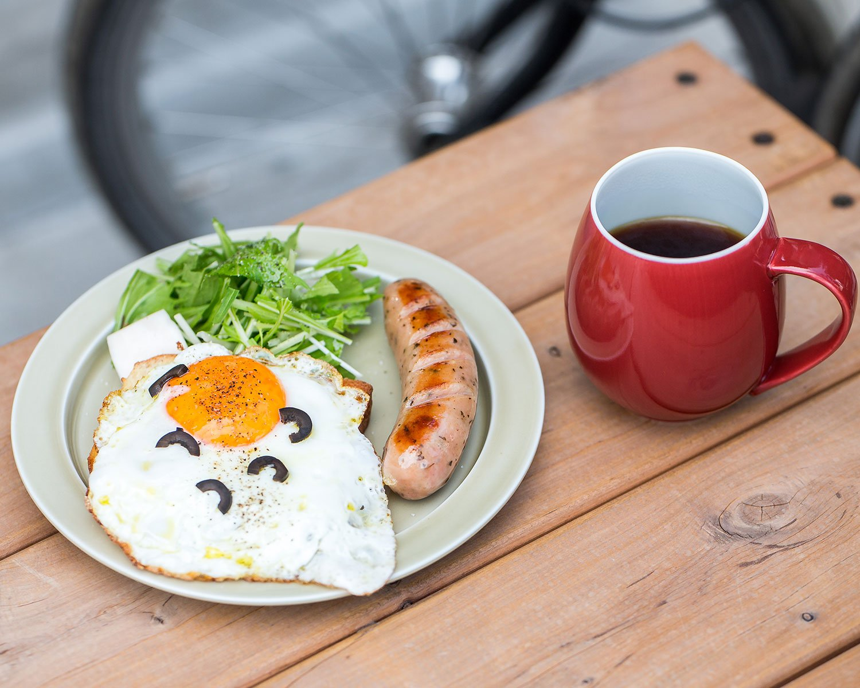 モーニングのトーストメニュー、ALL IN500円は9時30分まで。ドリップコーヒー510円。