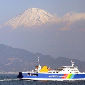 静岡県駿河湾~富士と駿河湾を傍らに、 伊豆を愉しむ春の船旅