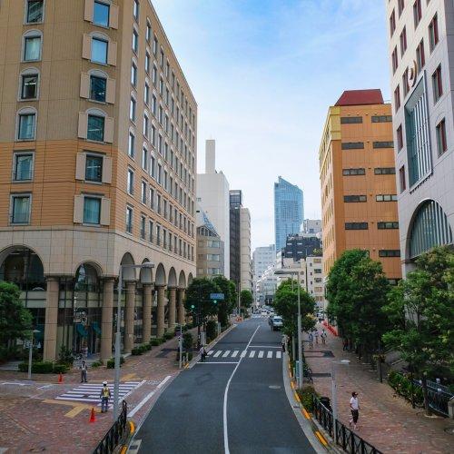 米津玄師、安室奈美恵、RADWIMPS、くるり……。街歩き気分に浸れるMVとそのロケ地を紹介