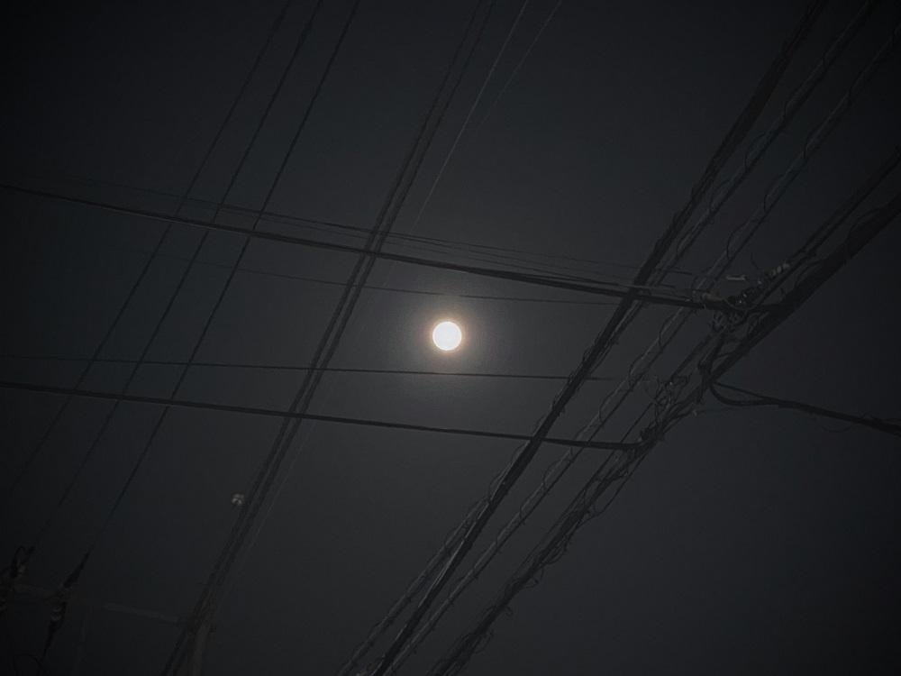 あやとり月。
